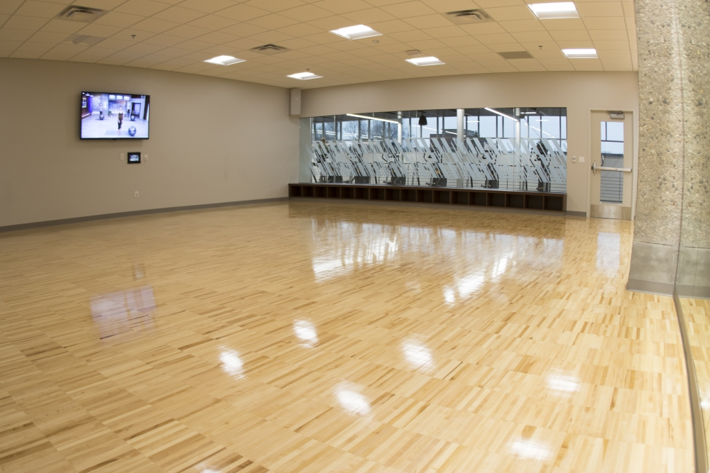 medium fitness studio with room for equipment